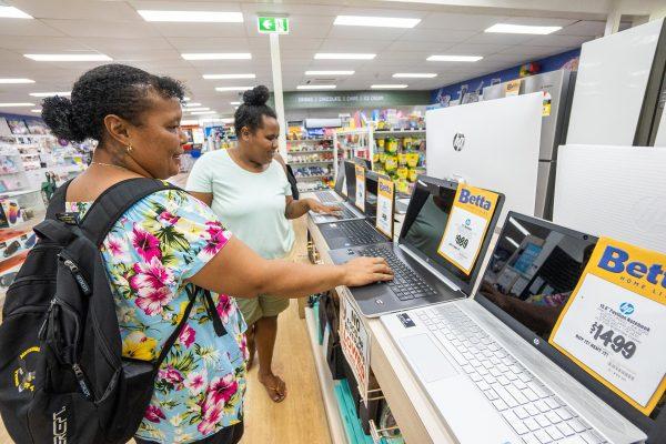 Col Jones Shopping for Laptops